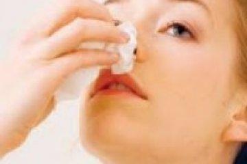 Gyakran vérzik az orra véralvadásgátló gyógyszer szedése során? Nagy bajt jelezhet!