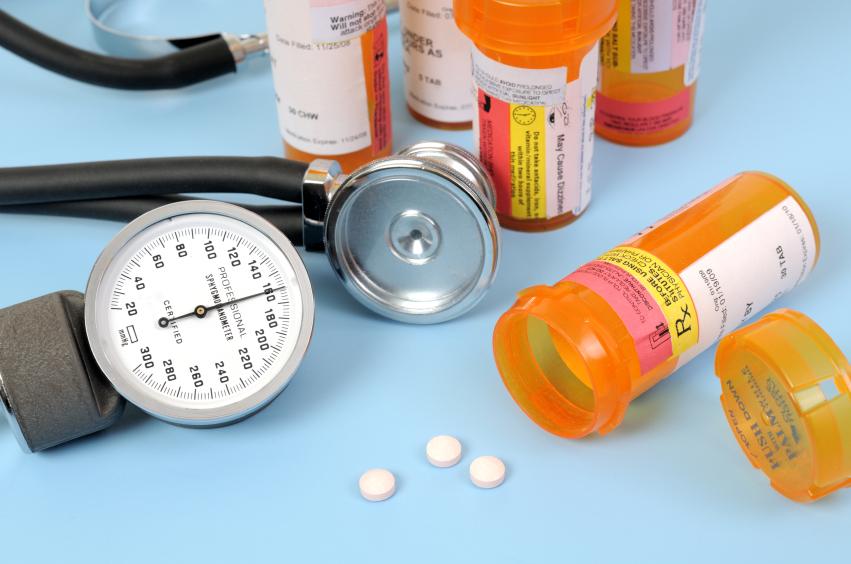 gyógyszerek kombinációi magas vérnyomás kezelésére)